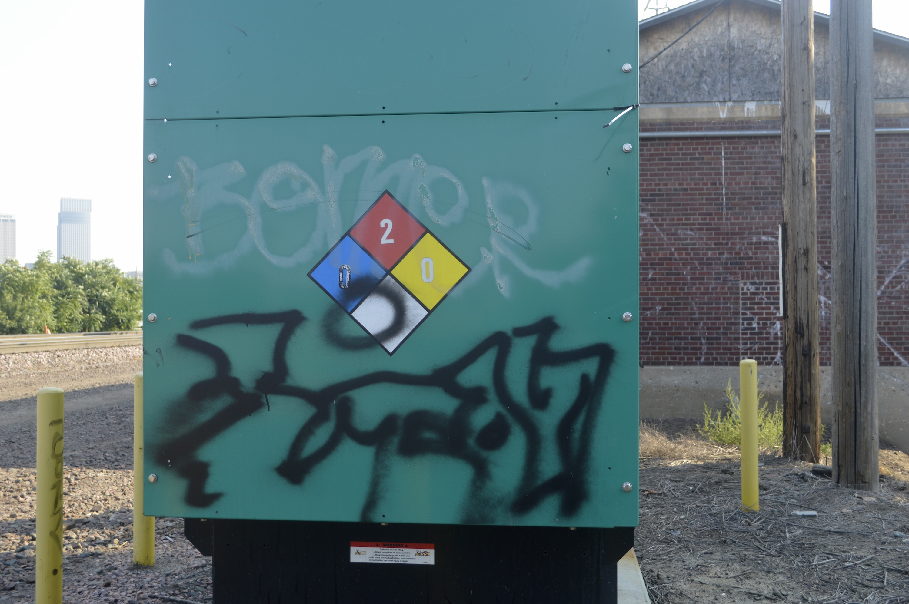 Graffiti Remover For Non Porous Surfaces Tag Erase By Nox